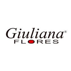 Giuliana Flores